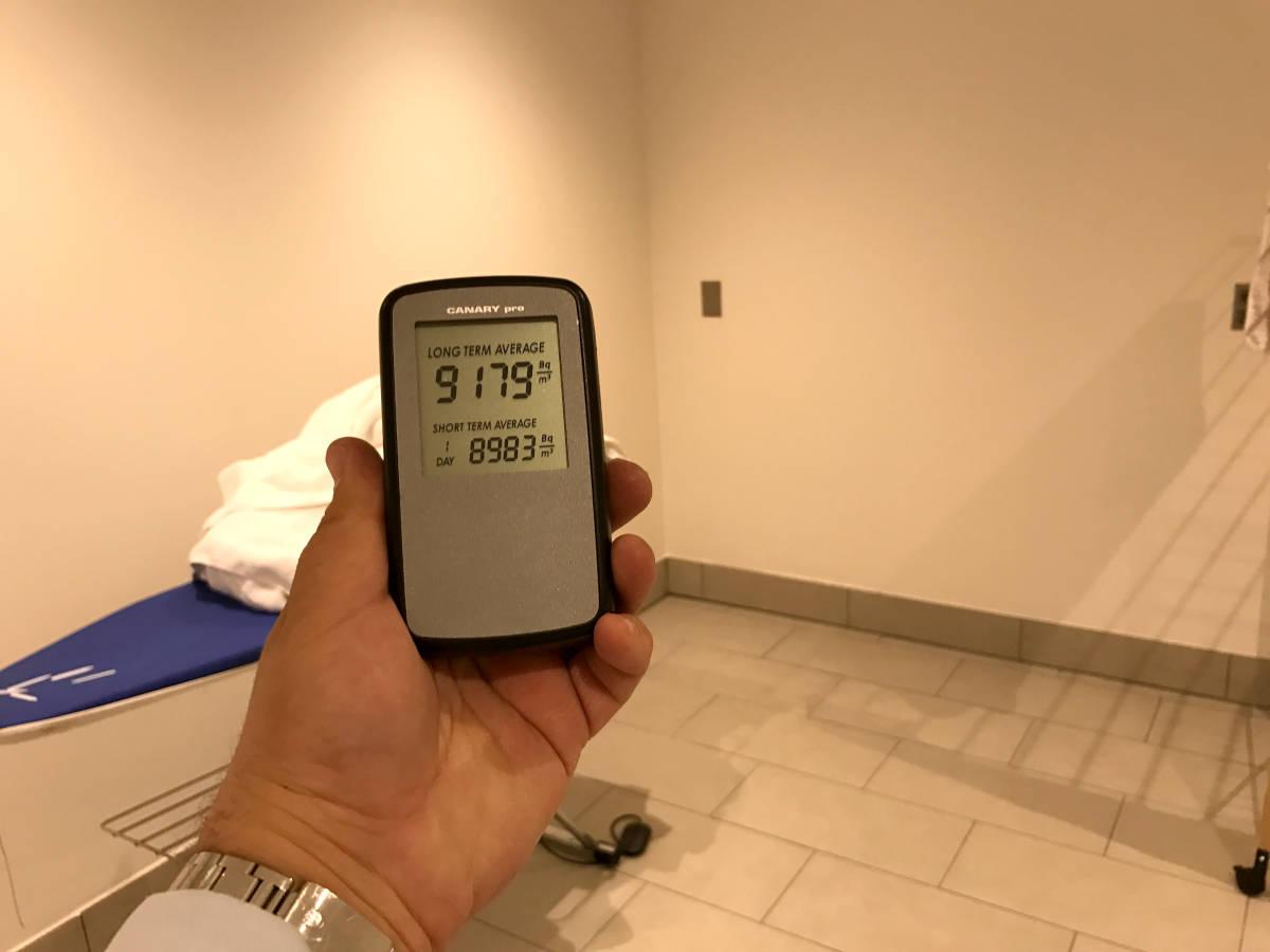 Monza, diagnosi Radon Villa 700 mq