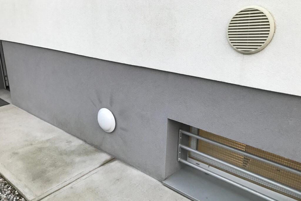 Mitigazione Gas Radon Villa: Esterno Linea Depressurizzazione Terreno - Udine